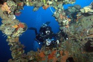 UW photographer in Coron Wreck Dive